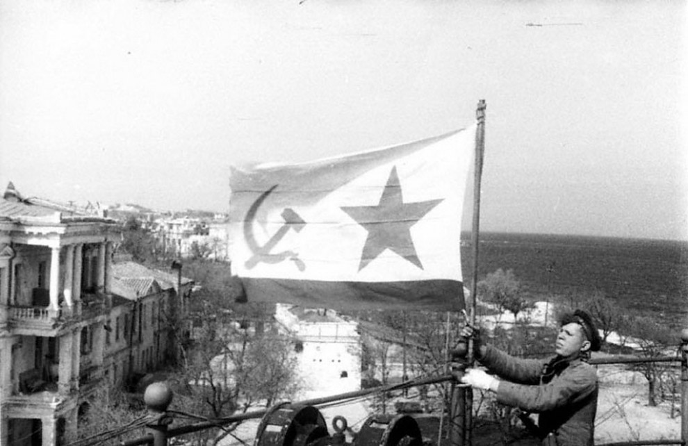 Итоги операции по освобождению Крыма и  освобождению Севастополя